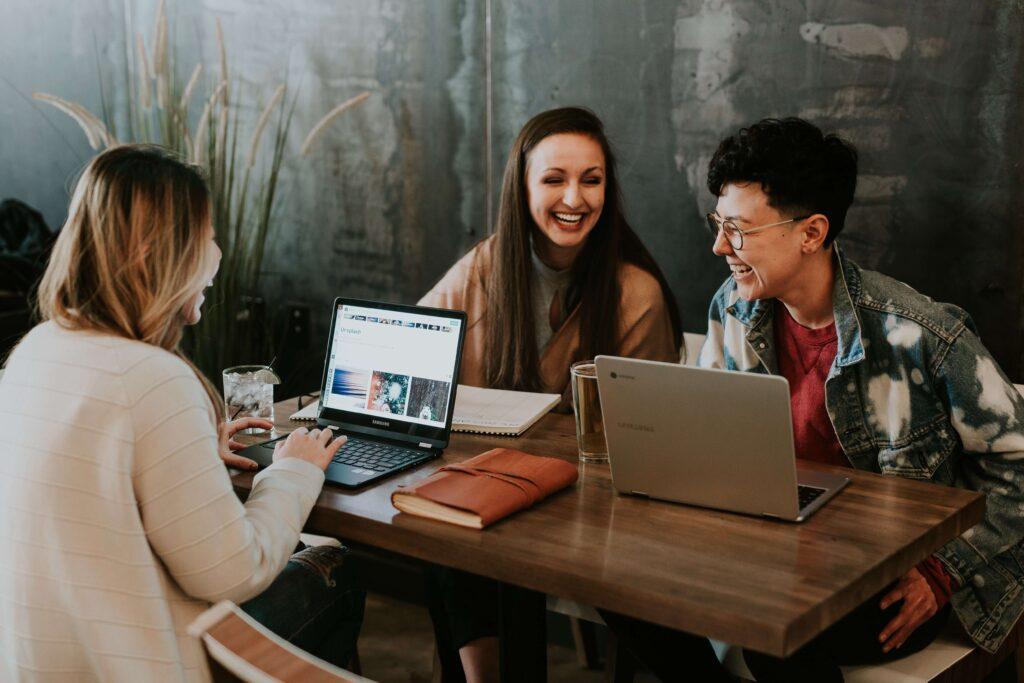 Women office talking